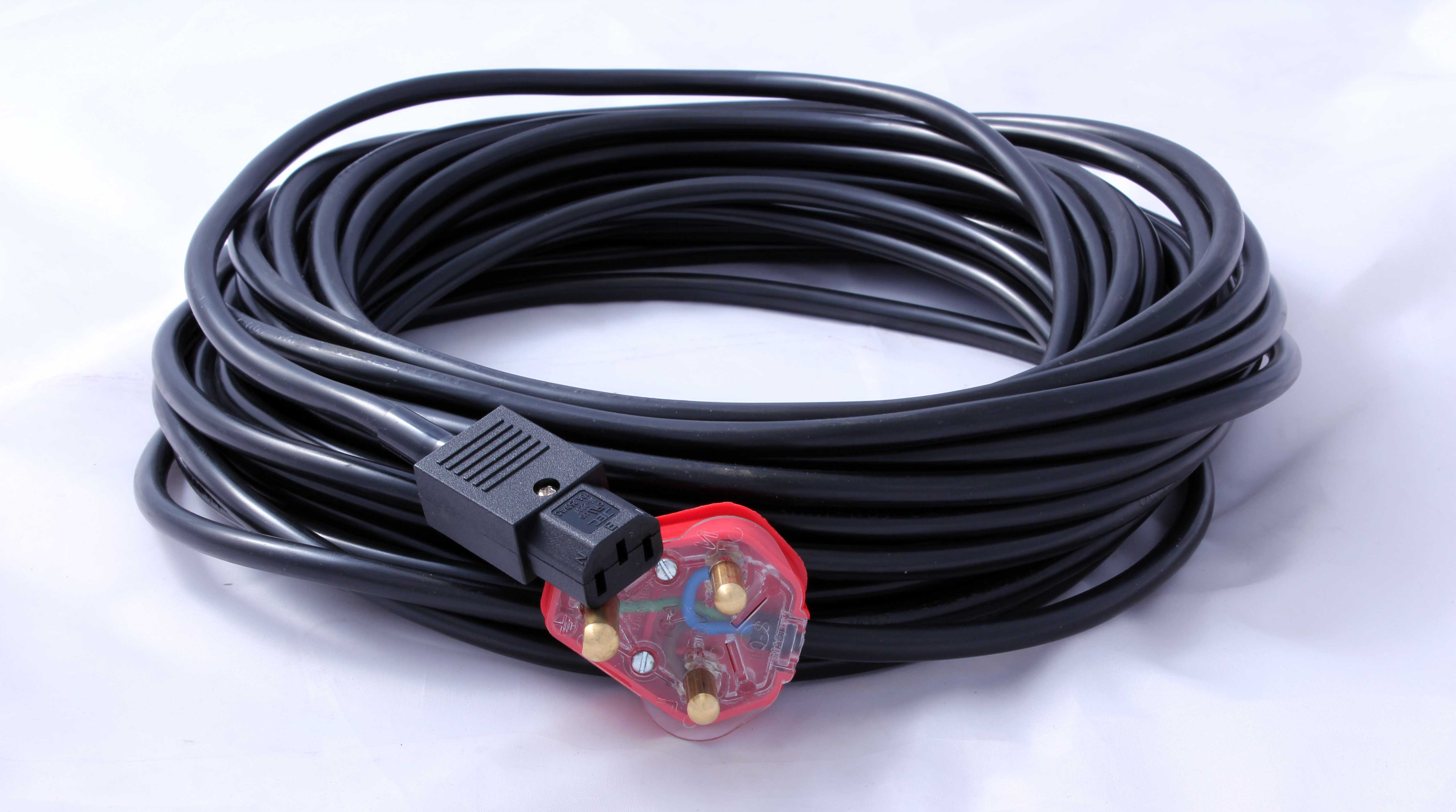 Power Cable IEC To 3 Pin (20M)